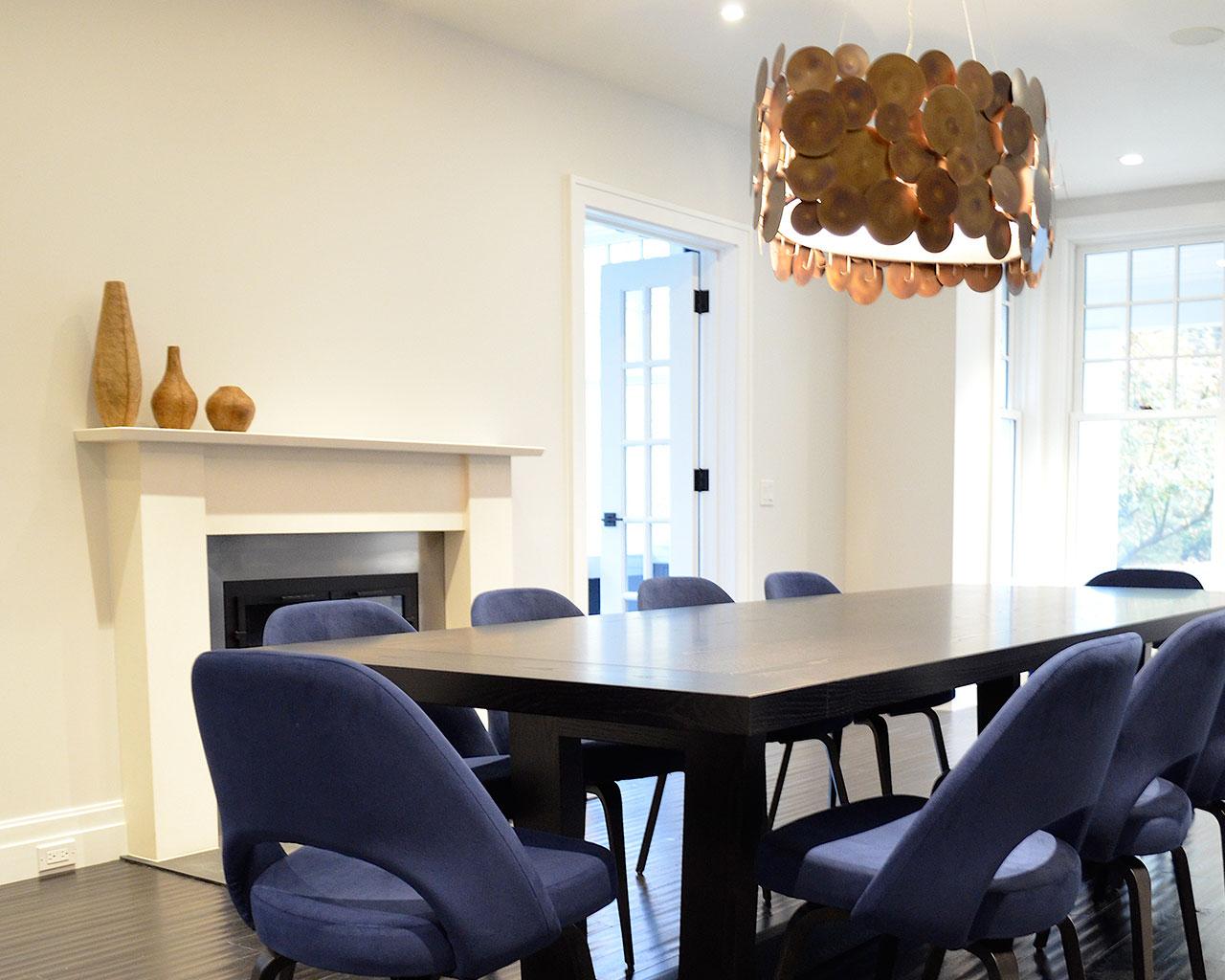 Using Eero Saarinen Dining Room Chairs In Midnight Blue Velvet For This Fabulous